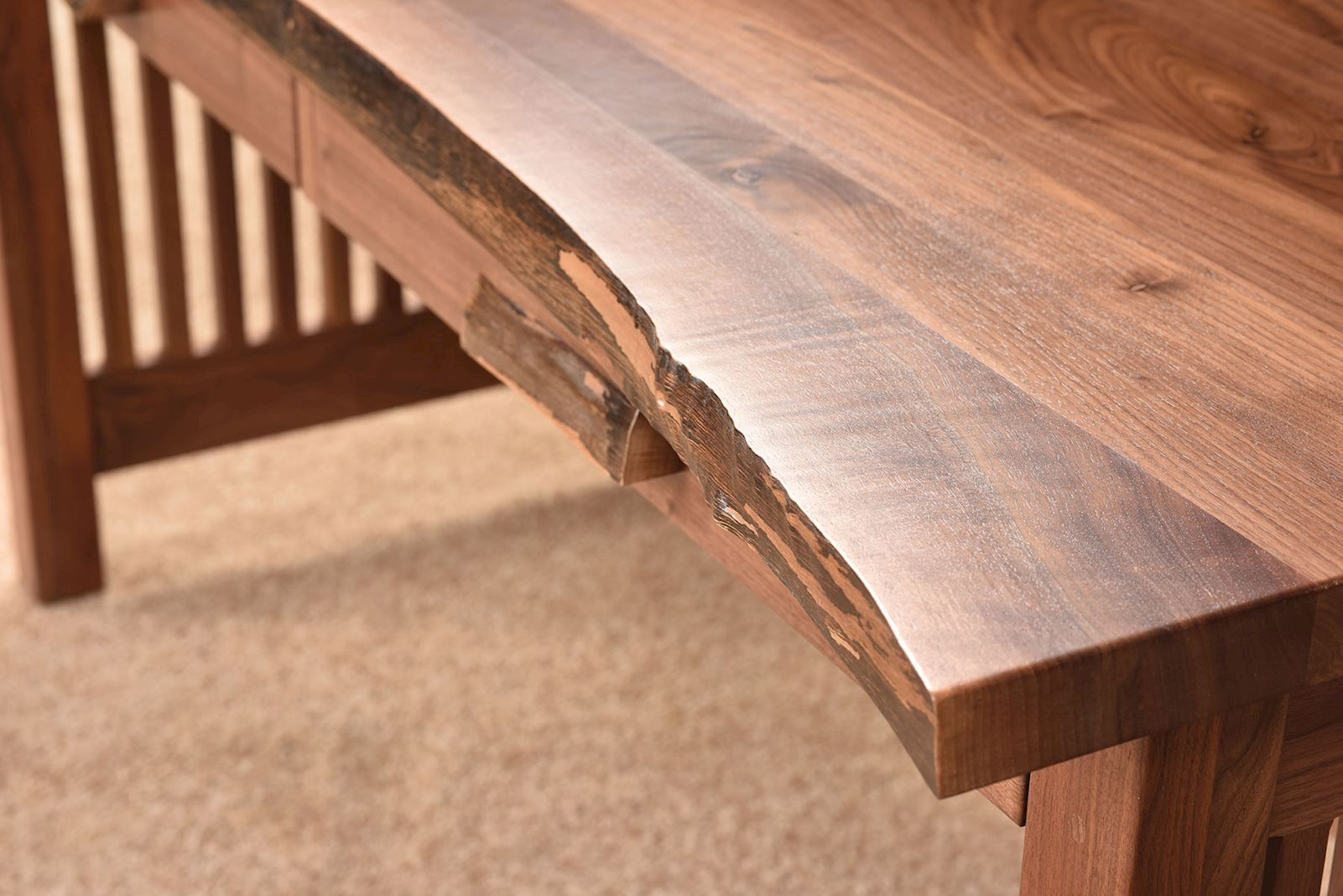 live-edge-solid-wood-desk-detail