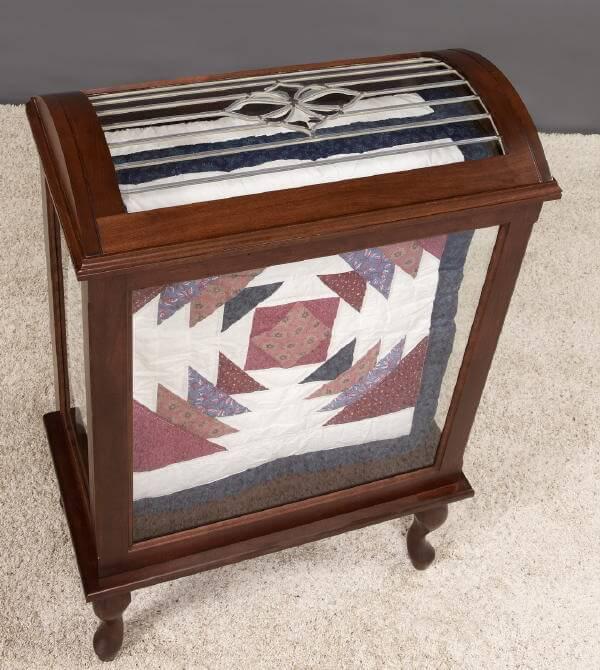quilt-display-case-top & Medium Quilt Display Case - Solid Wood
